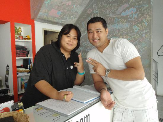 HQ hostel Bangkok: friendly staff - she's TEN