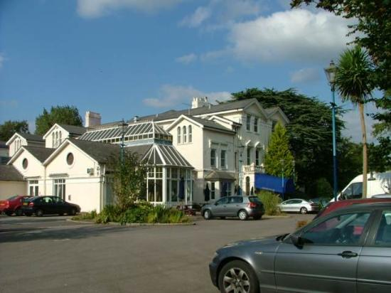 Photo of Churchills Hotel Cardiff