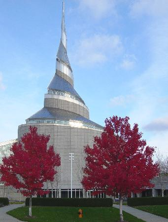 tour the Community of Christ Temple in Independence, MO