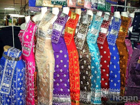 All about laos taiwan holidays australia 39 s 1 taiwan for Laos wedding dress for sale