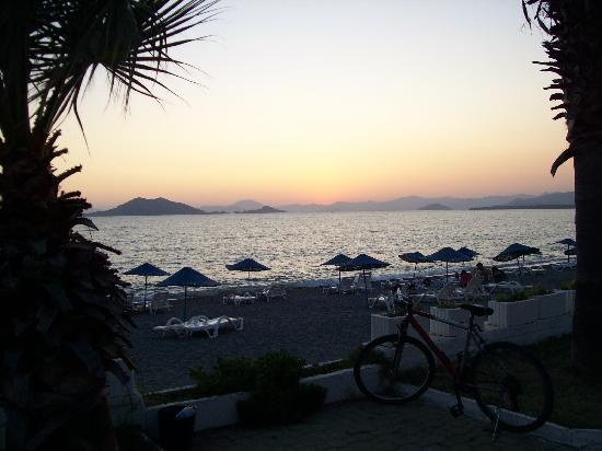 Weather In Calis Beach Turkey In August