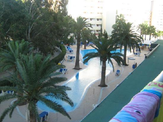 Hotel Sol Mirlos/Tordos: view from balcony