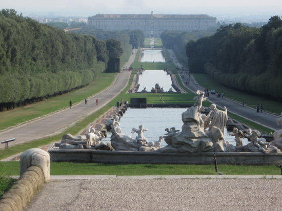 Italia: Royal Palace in Caserta