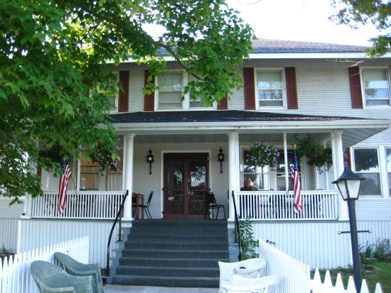 Photo of Nahma Inn Bed and Breakfast
