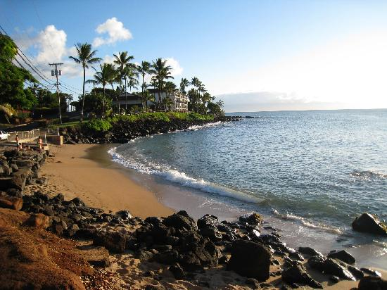 Kahana Villa Resort: Plage en face de l&#39;htel