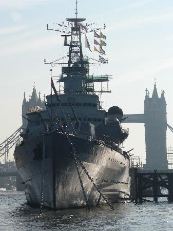 England, UK: HMS Belfast and the Mighty Thames