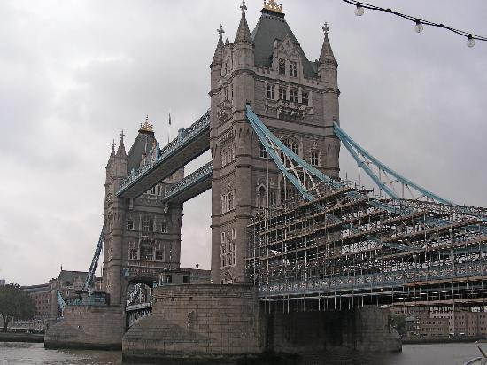 England, UK: Tower Bridge