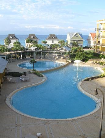 Beach Resort: View of the pool/ocean