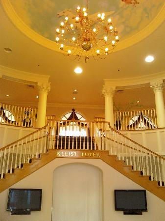 beautiful entrance picture of cumberland inn and museum. Black Bedroom Furniture Sets. Home Design Ideas