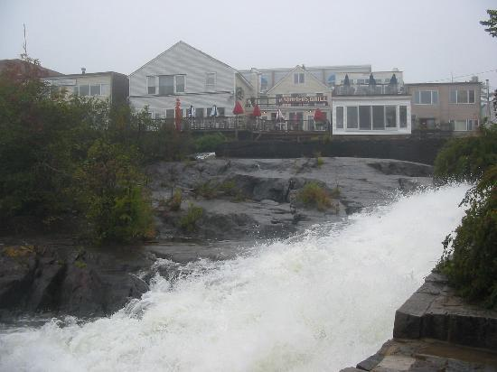 Lincolnville, ME: Waterfall Behind Camden Shops