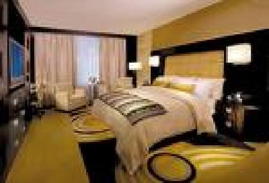 MotorCity Casino Hotel: Our amazing room