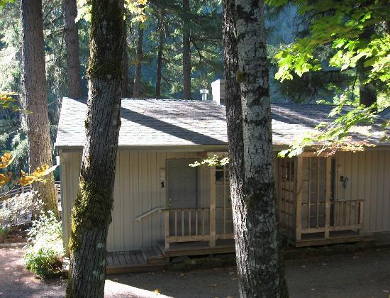 The Front Of The Streamside Cabins Picture Of Steamboat