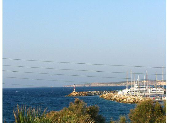 Naoussa, กรีซ: view of the port from manis inn