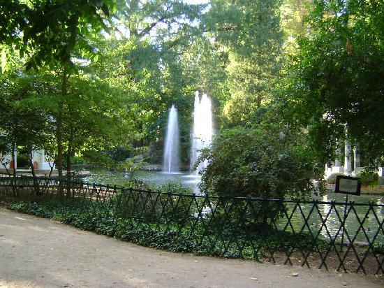 The view of the royal palace from the gardin picture of for Restaurante jardin del principe en aranjuez