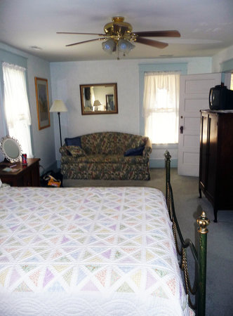 Wayman&#39;s Corner Bed and Breakfast: One of the four guestrooms