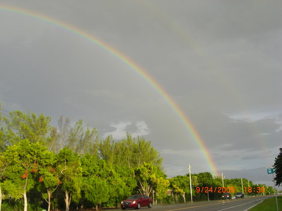 Siesta Key, Floride : Double rainbow after a shower