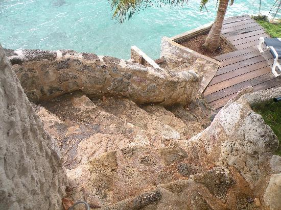 Sun Reef Village: The stairs to our deck!