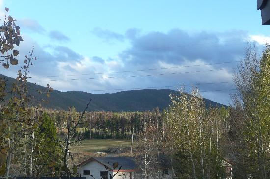 Swan Mountain Resort: View from Living Room