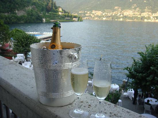 Villa d'Este: Champagne on our terrace over the lake.. magical..