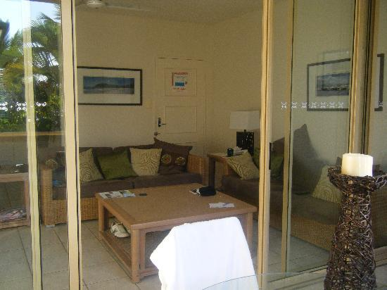 Reflections of Port Douglas: Living Area