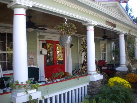 The Red Hook Country  Inn: The Red Hook Country Inn Front Porch
