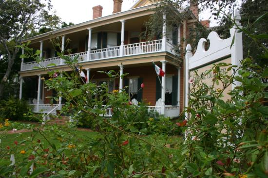 George Blucher House Bed & Breakfast Inn: The George Blucher House