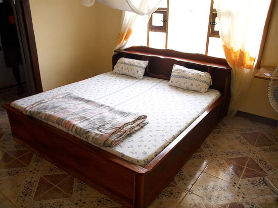 Koidu Town bed and breakfasts