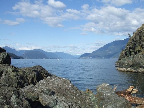 Photos of Bowen Island - Featured Images