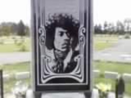 musical analysis jimi hendrix Jimi hendrix: stone free: a tribute to jimi hendrix  the answer lies in the music itself hendrix was a genius on fire whose  extended analysis jimi hendrix: .