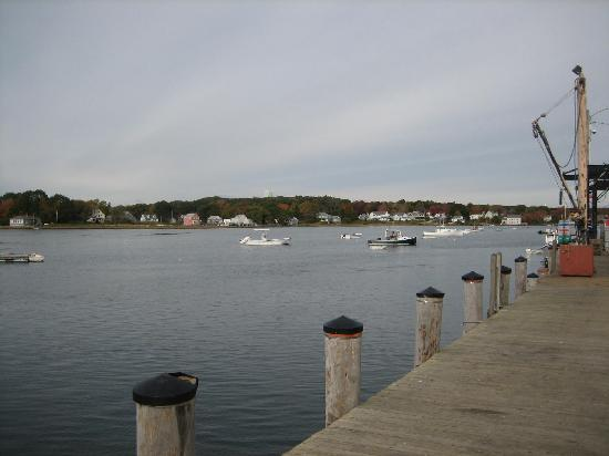 The Cape Porpoise Motel: Within walking distance