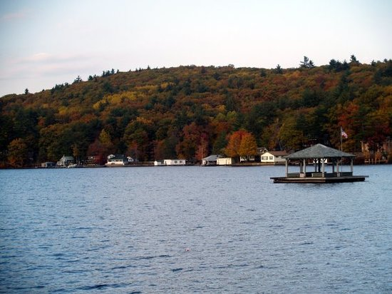 Laconia, NH: As much as I hate the cold in New England, it is worth it sometimes for the scenery