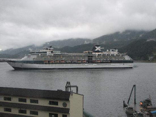 Goldbelt Hotel Juneau: view from room