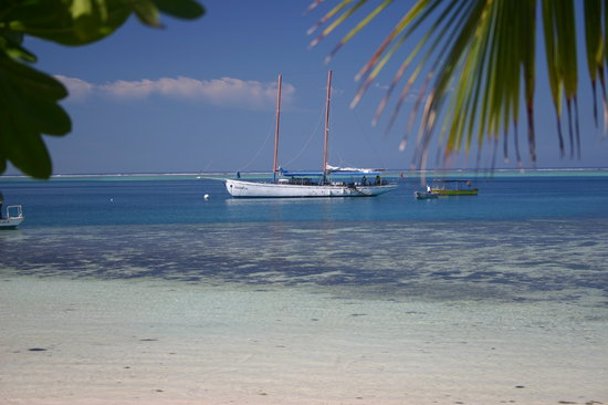 Mana Island, Fiji: Seaspray - great day trip