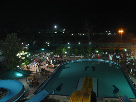 Silvassa, India: Treat Resort - the banquet at the water park