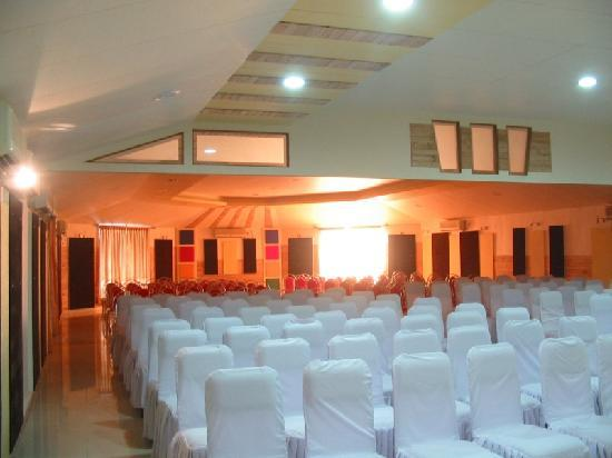 Silvassa, Indien: Treat Resort - the conference hall
