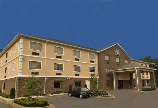Photo of Magnolia Inn and Suites Olive Branch