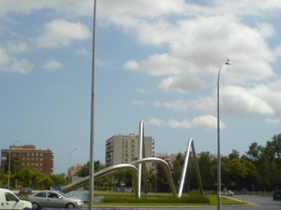 Placa Del Canal, entrance of Reus. These two huge metal tubes are another example of the grandio