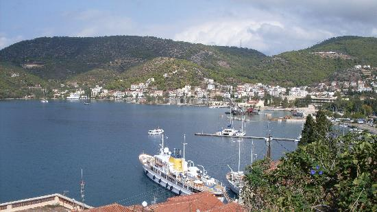 Alkyoni rooms