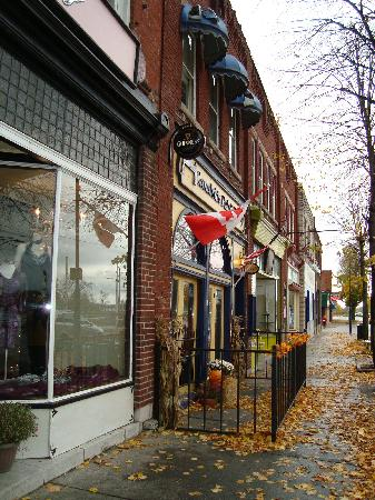 The King George Inn: Walking around downtown