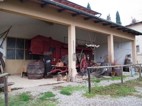 Agriturismo Poggio ai Cieli: rustic farm type stuff they display