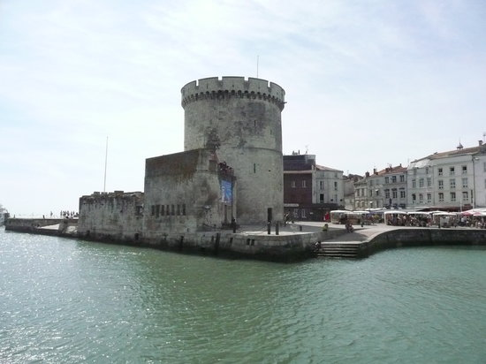 Vestiges de l&#39;histoire militaire et maritime de La Rochelle