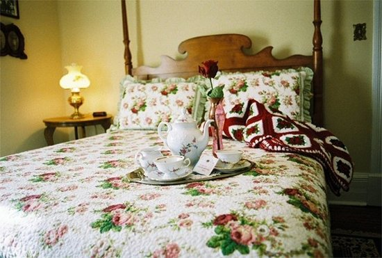 Relax at The Claiborne House Bed and Breakfast