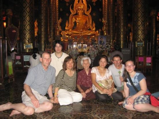 This is some of the family in Phitsanulok at Wat Yai. (The temple). That...