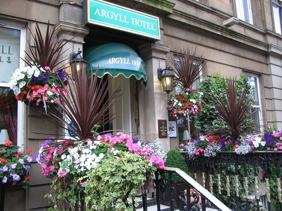 Argyll Hotel: Entrance
