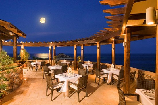 Al Mare Villas: Gallouni Bay Cafe