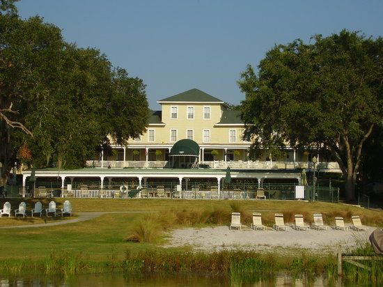 Mount Dora, FL: front
