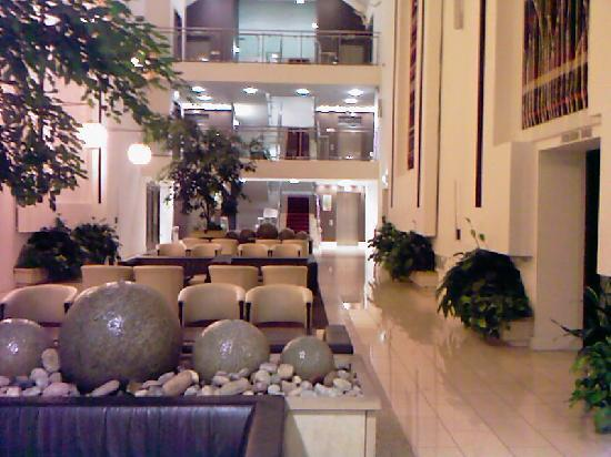 Cavan, : Lobby