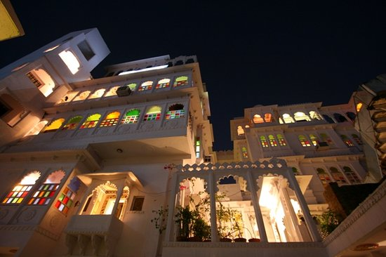 Anjani Hotel: Front View of Haveli