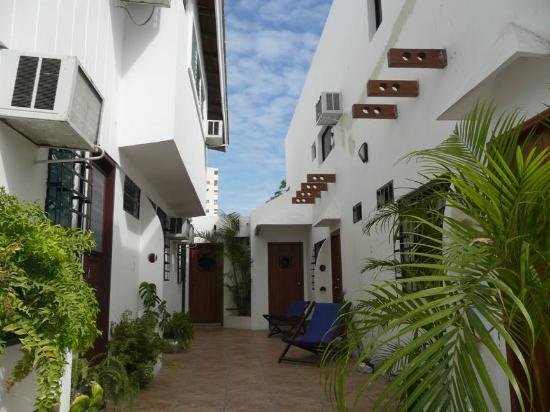 Photo of Cocos Hotel Salinas