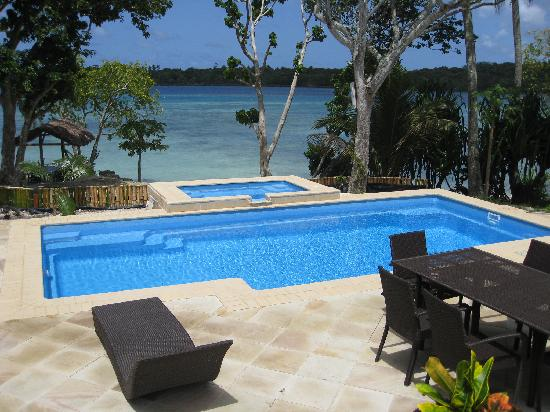 Pandanus Bay Waterfront Apartments